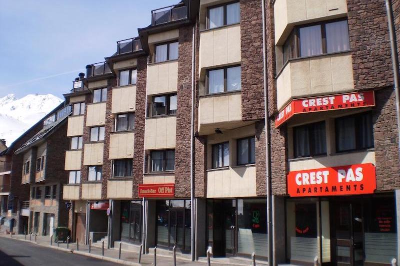 Apartamentos Crest-Pas